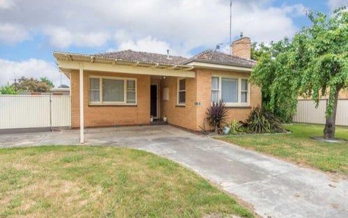 33 Rowlands Street, Sebastopol NSW 2666