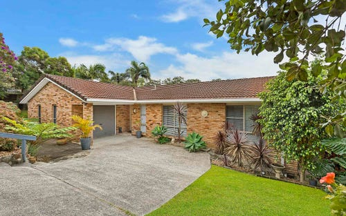 3 Howard Avenue, Green Point NSW 2251