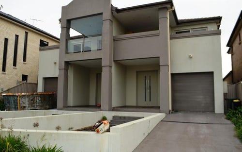 4d Koala Road, Greenacre NSW 2190