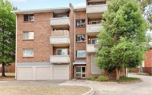 3/17 SANTLEY Crescent, Kingswood NSW