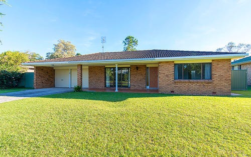 39 Bulgoon Crescent, Ocean Shores NSW 2483