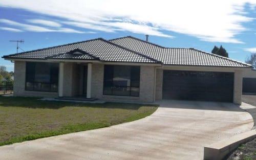 7 Windeyer Place, Glen Innes NSW 2370