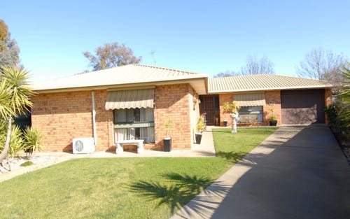 7 Renwick Court, Deniliquin NSW 2710