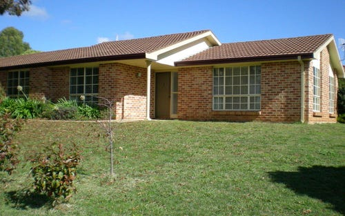 4 Bauer Place, Orange NSW 2800