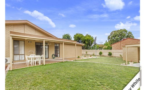 74 Enright Crescent, Florey ACT