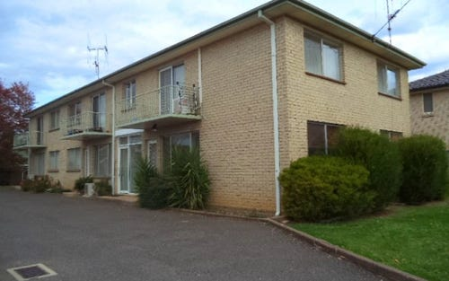 4/18 Broughton Place, Queanbeyan NSW