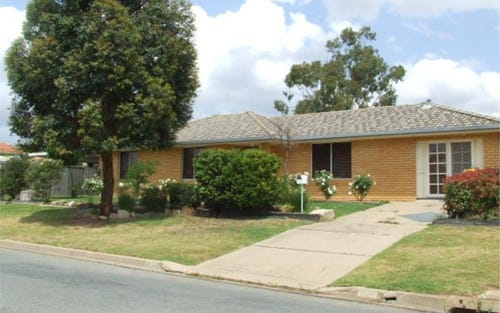 60 Elizabeth Ave, Forest Hill NSW 2651