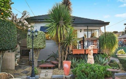 32 Gosling Street, Greenacre NSW 2190
