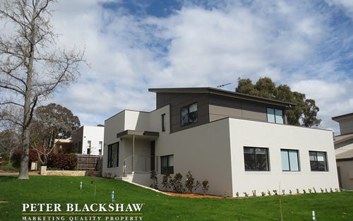 4B Aurora Close, Mawson ACT
