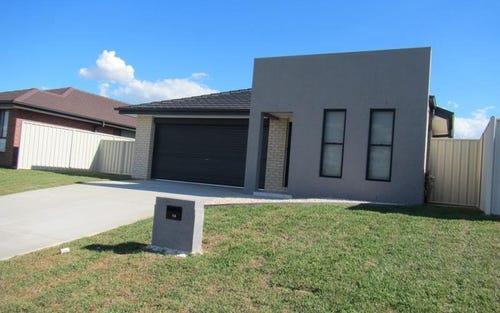 16 Warwick Road, Tamworth NSW