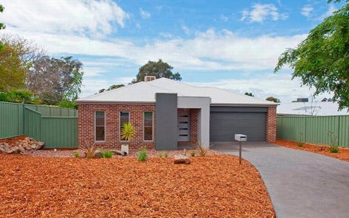 530 Nagle Road, Lavington NSW 2641