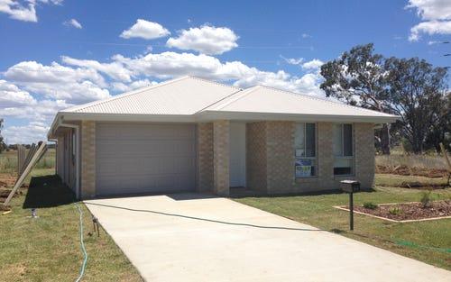 64 Kenny Drive, Tamworth NSW