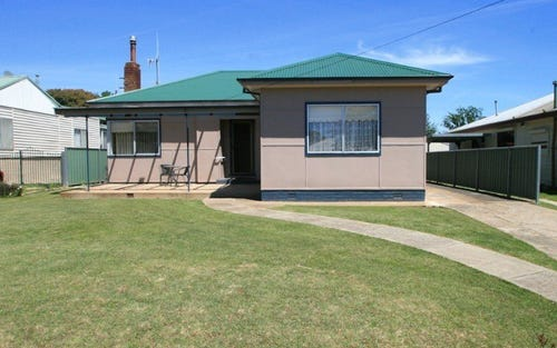 17 TOBRUK CRESCENT, Bletchington NSW 2800