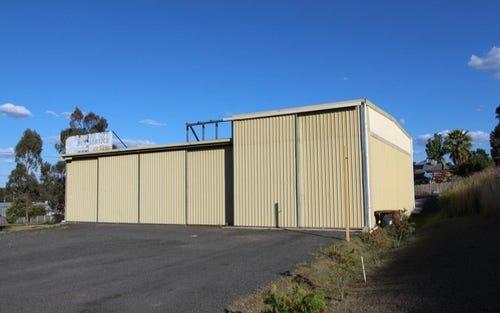 1 Railway Close, Woodstock NSW 2360
