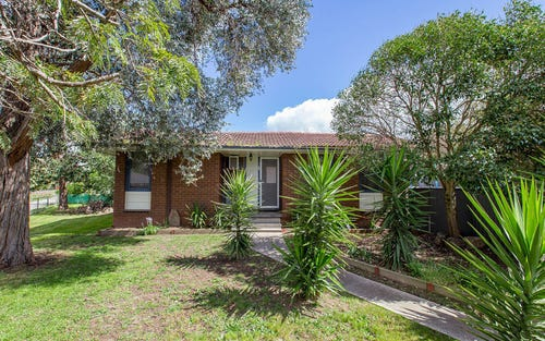 1 Garnet Place, Springdale Heights NSW 2641