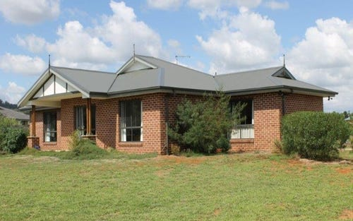 7 BADJA PLACE - Moore Creek, Tamworth NSW 2340