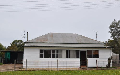 Address available on request, Curlewis NSW 2381