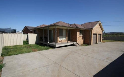 3A & 3B/3 Wollombi Road, Muswellbrook NSW 2333