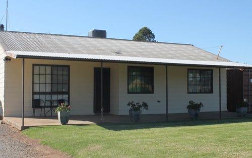 189 Camp Street, Temora NSW 2666