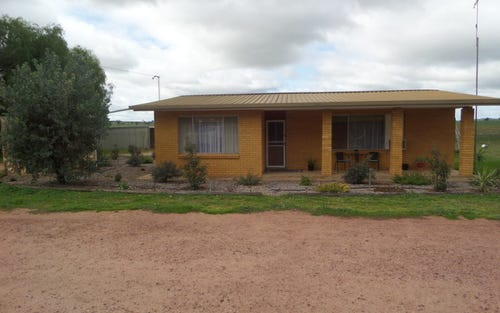 116 Paynters Siding Rd, Narrandera NSW 2700