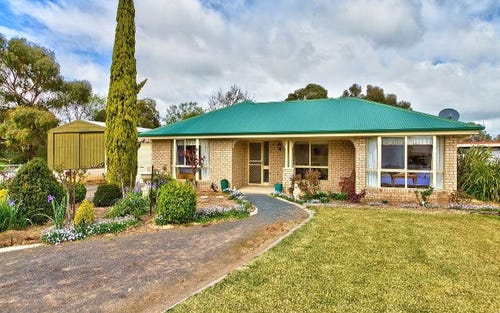 110 Bank Street, Howlong NSW 2643