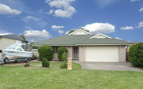 12 Bayview Street, Surfside NSW 2536