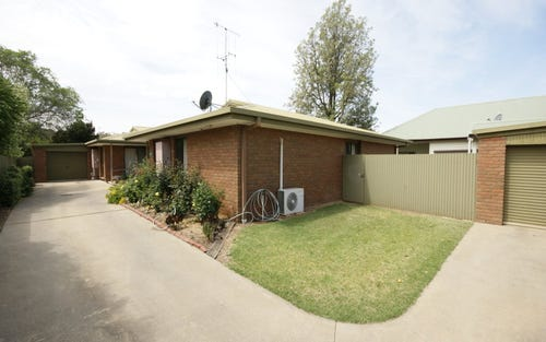 2 429 George Street, Deniliquin NSW