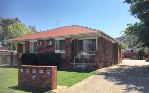 1/3 Amafi Drive, Lavington NSW