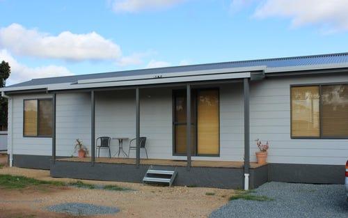68 Ashelford Street, Temora NSW 2666