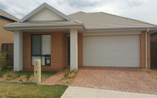 10 Warburn Avenue, Gregory Hills NSW