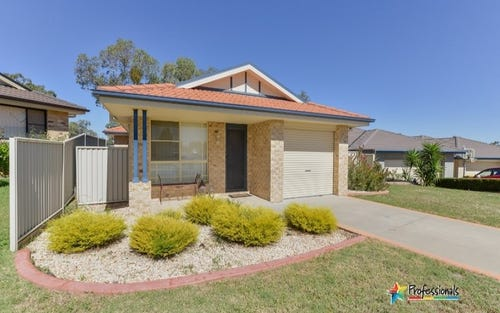13A James Place, Tamworth NSW 2340