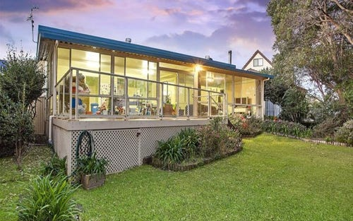 12 Kamilaroo Avenue, Lake Munmorah NSW 2259