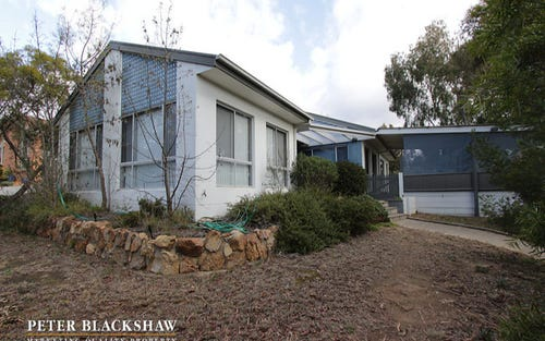 9 Esmond Avenue, Queanbeyan ACT