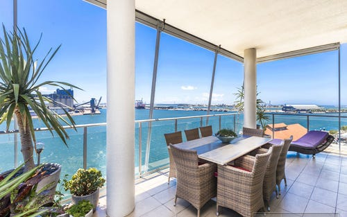 602/17 Honeysuckle Drive, Newcastle NSW 2300