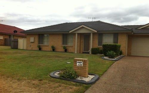 1/19 Wilkinson Boulevard, Singleton NSW