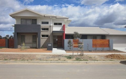 1 Ridding Street, Forde ACT