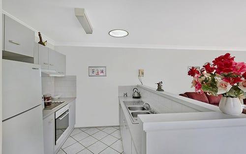 27B MacIntyre Street, Bateau Bay NSW