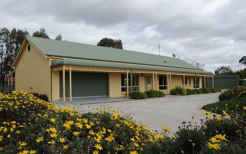 1 Holmfield Court, Moama NSW 2731