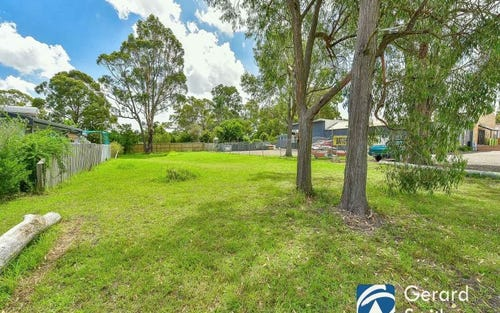 49 Oaks Road, Thirlmere NSW 2572