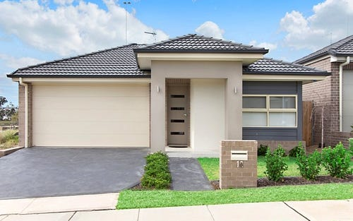 18 Hassall Way, Glenmore Park NSW 2745