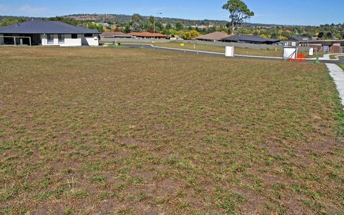 Lot, 18 Peterson Drive, Armidale NSW 2350