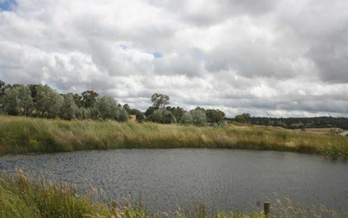 214 Hadlow Drive, Gundaroo NSW 2620