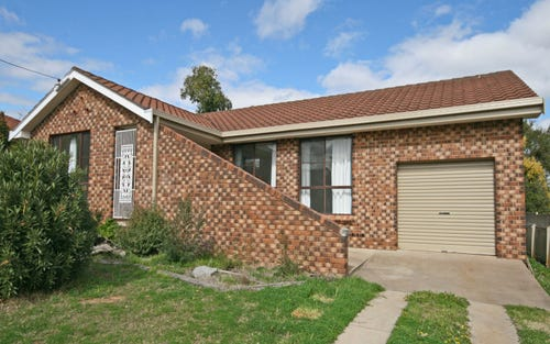 16 Kinarra Street, Tamworth NSW 2340