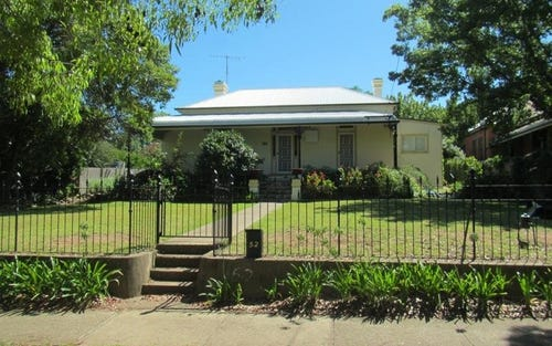 52 Upper Street, Tamworth NSW