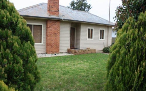 68 Redlands Road, Corowa NSW 2646