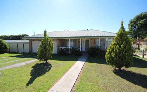 29 George Street, Tenterfield NSW 2372