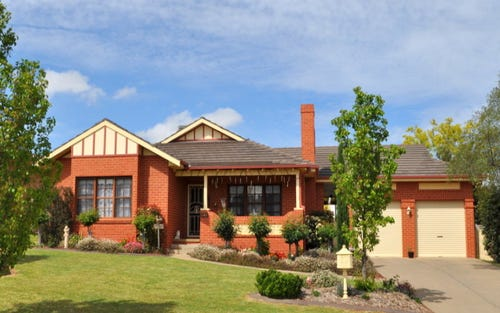 24 Bourkelands Drive, Bourkelands NSW 2650
