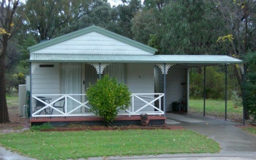 Unit 5/ Pioneer Tourist Park Hay Road, Deniliquin NSW 2710