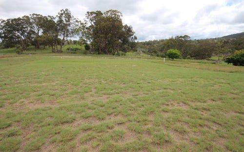 25 Parkes Drive, Tenterfield NSW 2372