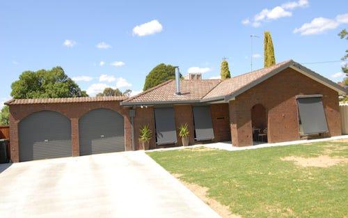 2 GILLESPIE COURT, Deniliquin NSW 2710